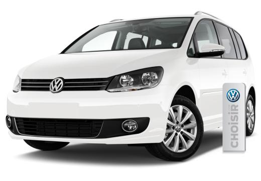 VW Touran Diesel automatic 7 person or similar